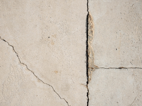 structural damage, crack in cement